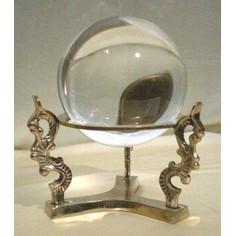 Kristallkugelständer