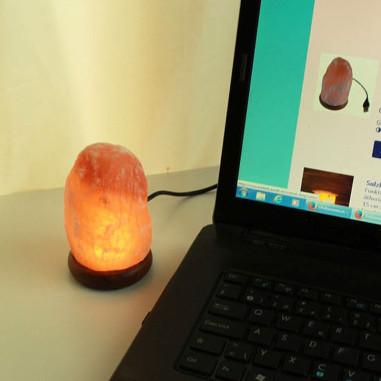 salzlampe felsen led lampe mit usb stecker. Black Bedroom Furniture Sets. Home Design Ideas